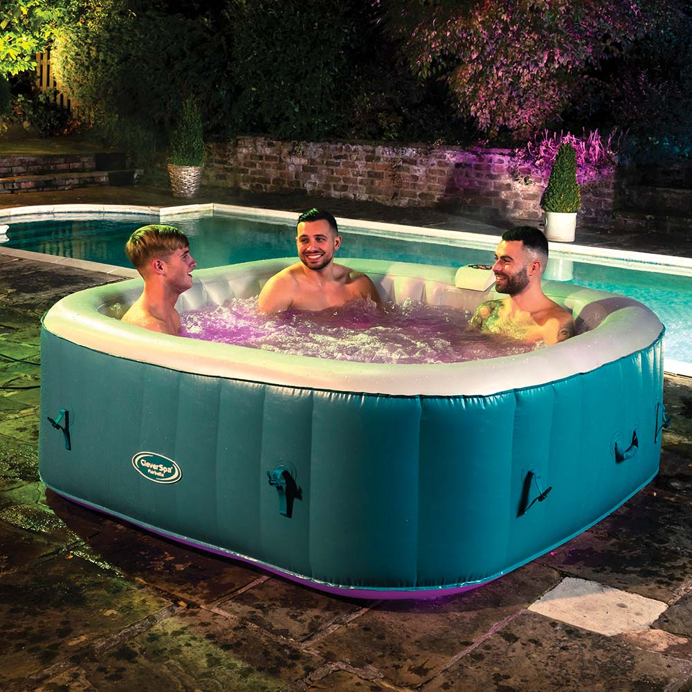 CleverSpa® Marbella 6 Person Inflatable Hot Tub With